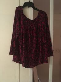 Women's red and black Leopard print blouse Fayetteville, 28312