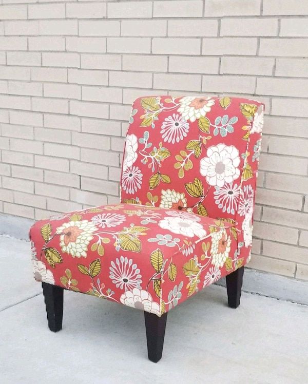 Awesome Red Floral Print Accent Chair Inzonedesignstudio Interior Chair Design Inzonedesignstudiocom