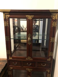 Japanese  display cabinet   For corners   Or jewelry  display cabinet