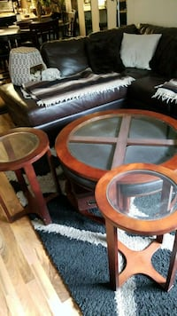 round brown wooden framed glass top coffee table Abbotsford, V2T 5T6