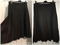 Long Pleated Skirt size 6 Toronto, M2R 2R4