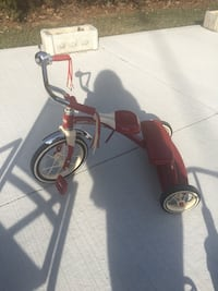 Radio Flyer Large Tricycle Mississauga, L5E 2S3