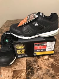 Brand new safety running shoes size 10.5 London, N6L 0B5