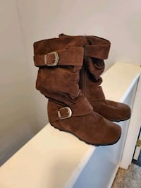 Girls Size 2 Boots (New) Mount Laurel Township, 08054