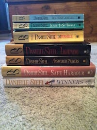 Books, hardcover- 3$ each softcover- 1$ each  Guelph, N1G 3Z6