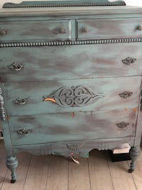 wooden 2-drawer chest Saint Petersburg, 33701