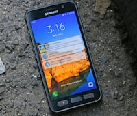 black Samsung Galaxy android smartphone Cleveland Heights, 44112