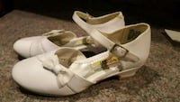 White dress shoe size 13 girls Waterbury, 06706