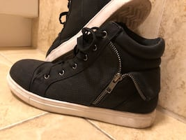 Black shoes (negotiable price)