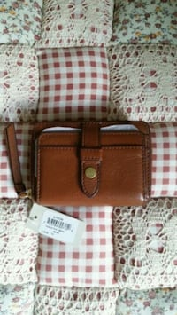 BNWT Fossil fiona coin zip wallet  Toronto, M2M 3X4