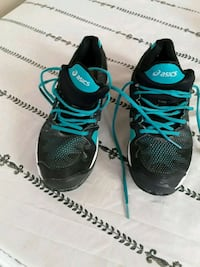 pair of black-and-blue Adidas running shoes Brooklyn, 11208