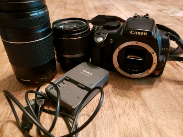 Canon Rebel xt with extras!