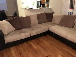 Free Sectional Couch - PLEASE LOOK AT ALL PICTURES BEFORE MESSAGING