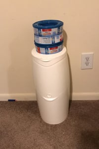 Diaper Genie with 3 refills Baltimore, 21236