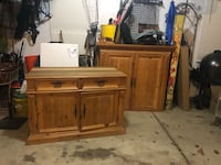 Thomasville entertainment center in two pieces Howell, 48843