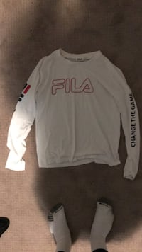 Urban outfitters exclusive— FILA  Surrey, V4N 0J9