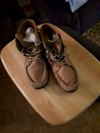 size 9 moccasin bootie leather Toronto, M3A 3R7
