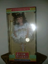 Limited edition Porcelain Doll Simpsonville, 29680