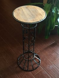 round gray metal base brown wooden top side table Katy, 77449