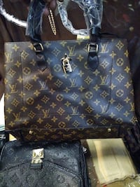 New Louis Vuitton Tote Purse with wallet Louisville, 40203