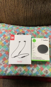 Beats x & wireless charger brandnew