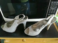 Women's SILVER Jeweled Size 7.5 HEELS Fairfield, 94533