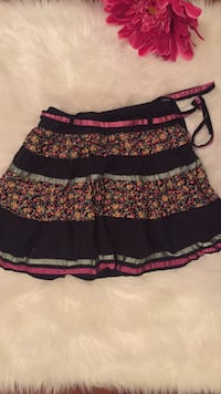 black, red, and white floral skirt Barrie, L4M 1A4