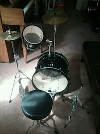 Kids black drum set no snare drum