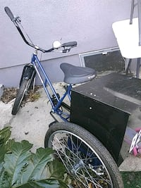 3 wheeler bike with box lock Long Beach, 90805