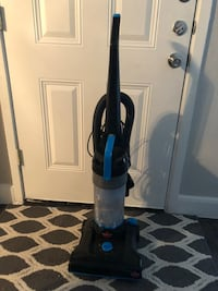black and blue upright vacuum cleaner Pasadena, 77504