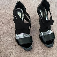 Black boot size 6 and black heels sandals size 7 Gainesville, 20155