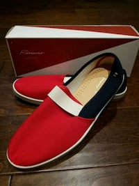 Rivieras Slip on shoes (Sz 42 (US9)