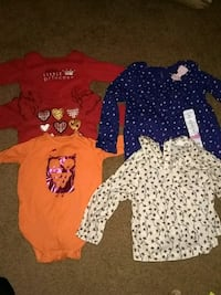 baby's assorted clothes Palm Springs, 92262