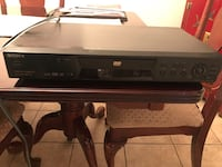 Sony DVD Player  Non functioning  (moving need to sale) Laval, H7W 1P2