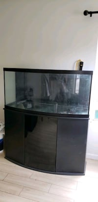75 Gallon Bowfront Fish Tank and Stand Romeoville, 60446