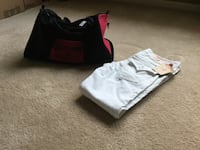 TRUE RELIGION PANTS AND BAG ( New ) 2338 mi
