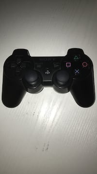 Black sony ps3 game controller Toronto, M6A 1J1