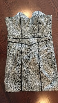 Gray and black floral sleeveless dress Vaughan, L6A 4S3