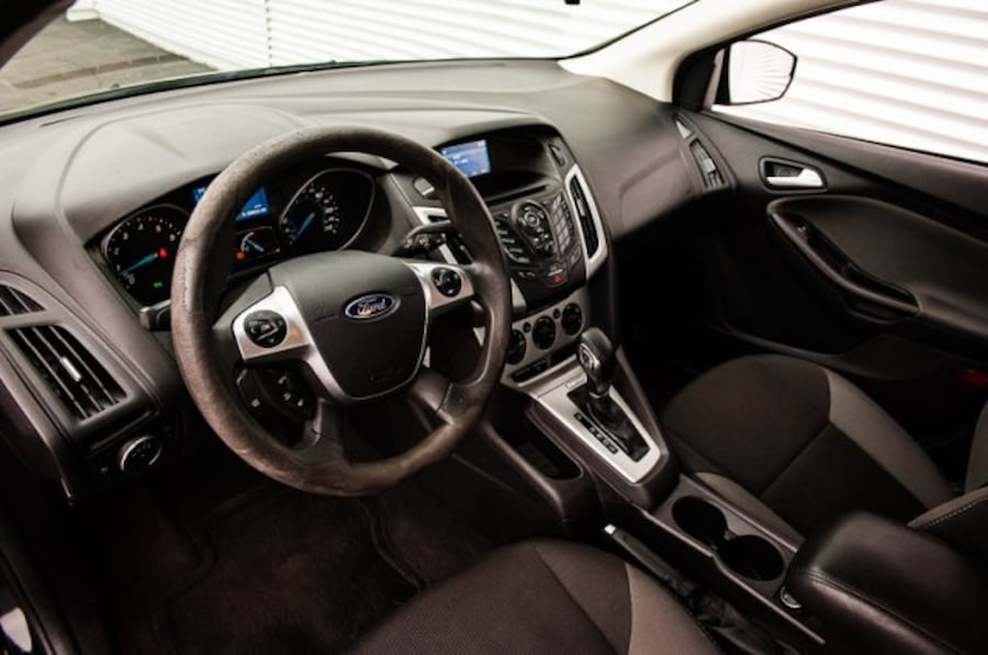 2014 Ford Focus SE / ACCIDENT FREE / LOW KM / CLOTH 3