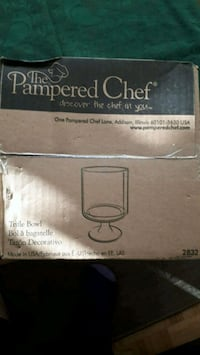 Pampered Chef Triffle Bowl New Mississauga, L5K 1B6