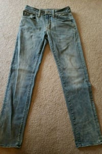 Mens American Eagle jeans size 28x32.  Gainesville, 20155