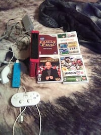 wii all cords and controllers plus 4 games Pueblo