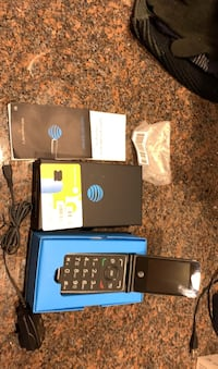 AT&T Cingular flip phone 2 with prepaid minutes included.  Merrimack, 03054