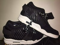 Nike cross trainers never worn (new)