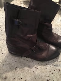 pair of black leather boots Toronto, M5P