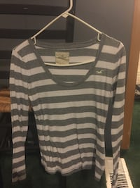 gray and white Hollister striped scoop-neck sweatshirt Maryville, 37803