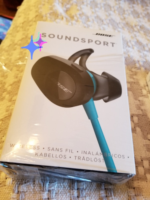Bose wireless soundsport earphones  4ad43f13-da94-430e-8f89-402bd3fdf017