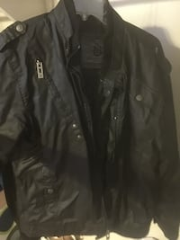 black zip-up jacket Bossier City, 71112