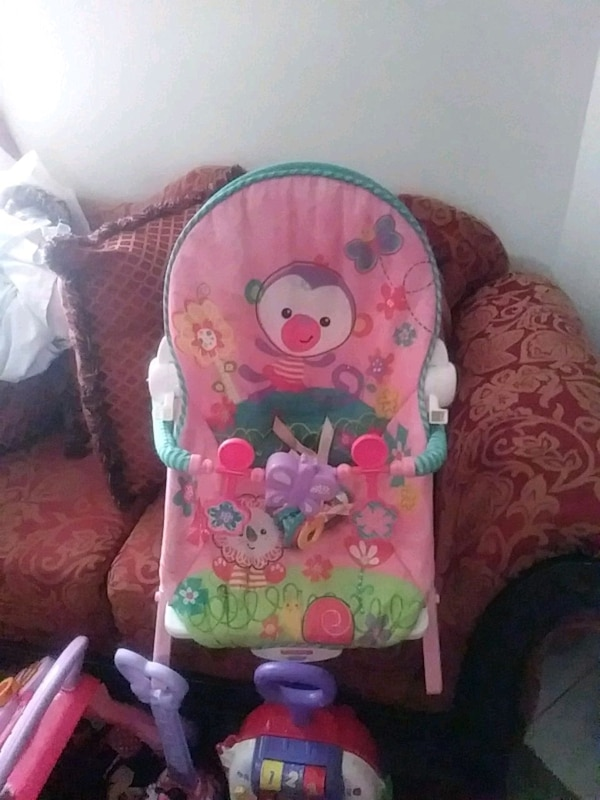 3ddf77bbb Used Fisher Price rock and play bouncer for sale in Lexington - letgo