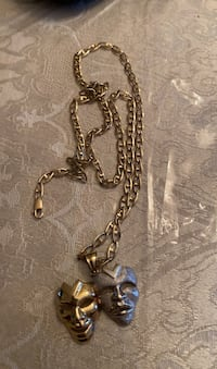 10K gold chain and pendant Mississauga, L5N
